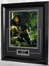 "SAA6418EBF STEPHEN AMELL - ""ARROW"" SIGNED"